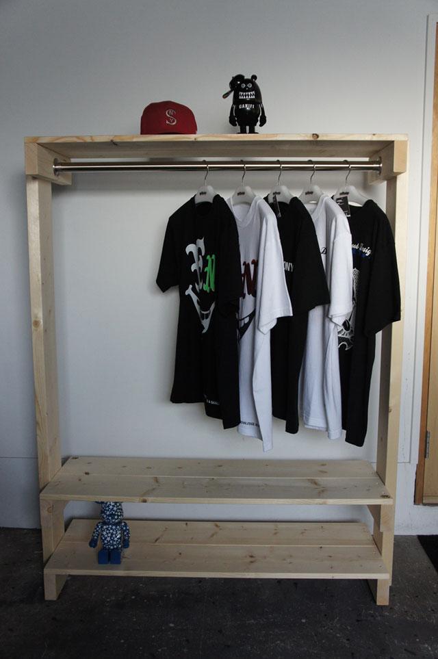Clothing Rack_a0161631_1755810.jpg
