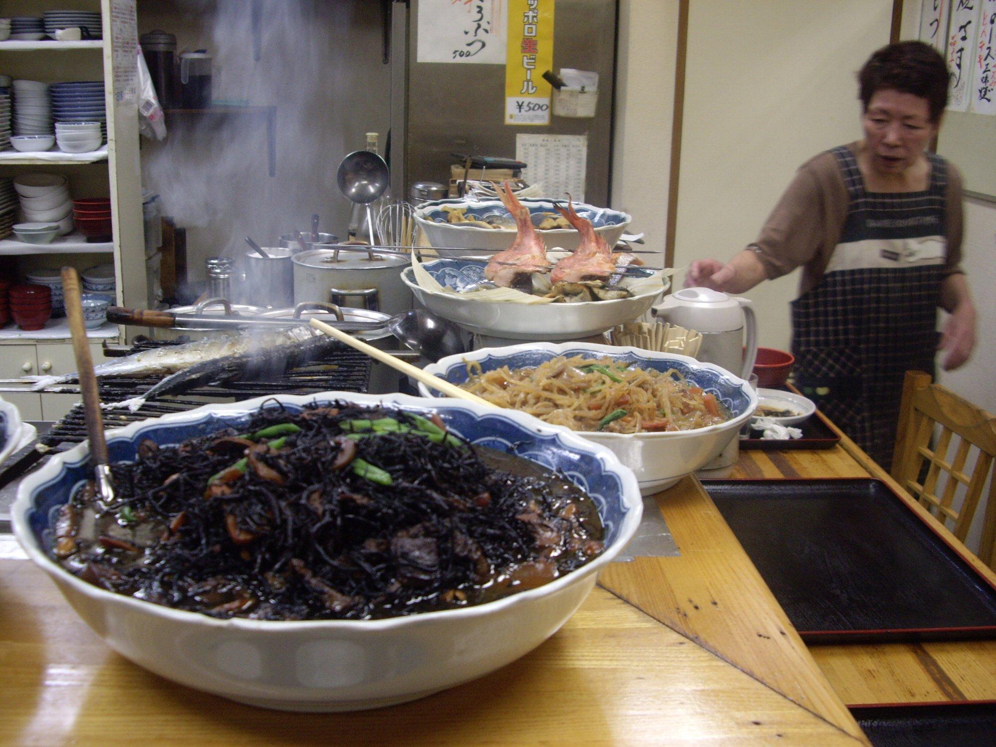 昔懐かしい定食屋でおふくろの味、蒲田『壱番隊』_d0223663_8405096.jpg