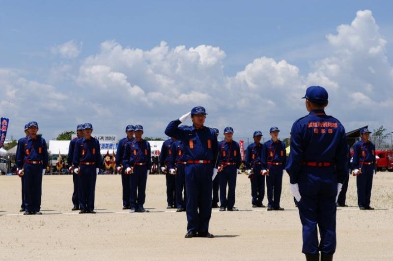 佐賀県消防操法大会で、武雄市消防団ラッパ隊は、_d0047811_22252646.jpg