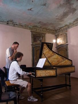 トリノから1泊旅行 ロマーノ カナヴェーゼ/Romano Canabese Torino_d0070113_20544027.jpg