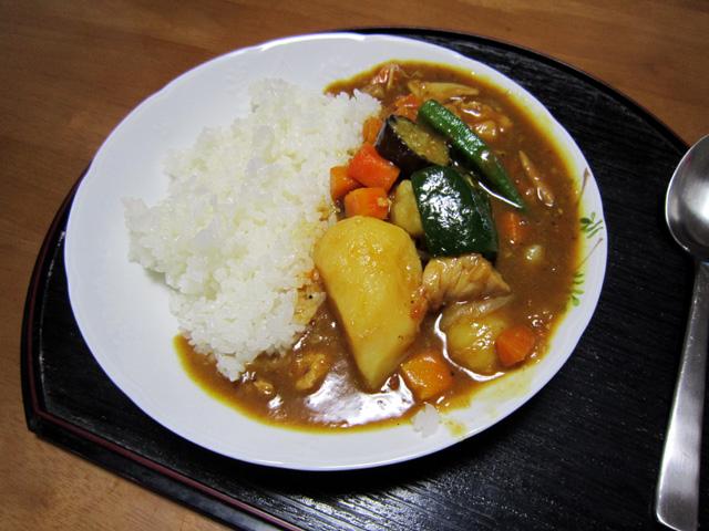 たなばたさまリハーモニー・・・夏野菜のカレーライス_f0051464_226198.jpg