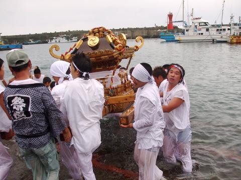 子之神社大祭_a0086270_23582130.jpg