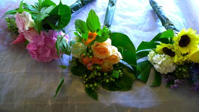 送別用花束3種。_b0171193_2230260.jpg