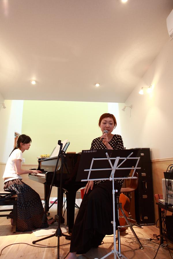 ピアノの家 完成!_e0189939_2229553.jpg