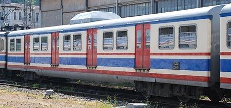 イスタンブール トルコ国鉄の近郊電車_e0030537_22212323.jpg