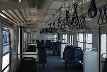 イスタンブール トルコ国鉄の近郊電車_e0030537_22293459.jpg