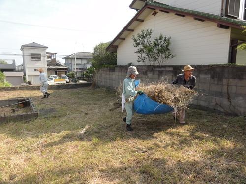 臨時活動:みさき公園団地出前草刈りー5_c0108460_14404020.jpg