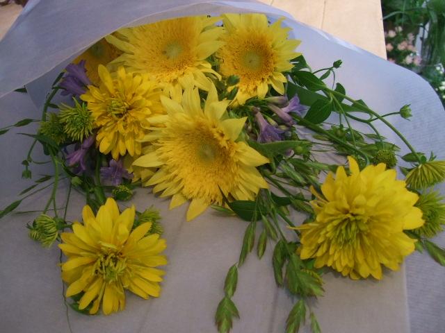 オークリーフ花の教室(鈴木さんの作品)_f0049672_15222339.jpg