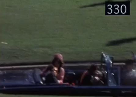 ケネディは運転手に撃たれた_d0061678_16385762.jpg