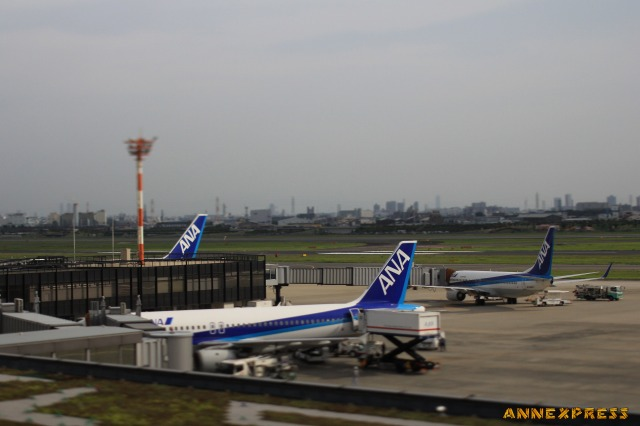 伊丹空港_c0018117_033085.jpg
