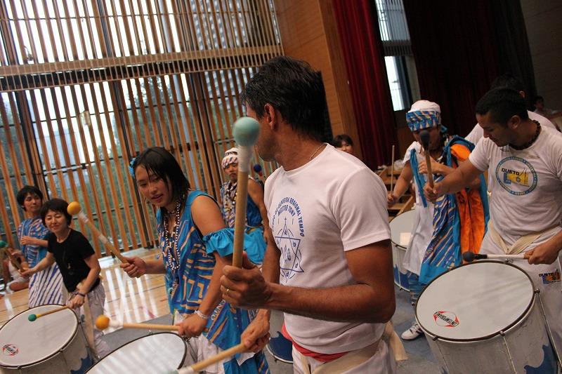 Capoeira de Saia BARRAVENTO サンバヘギWS_d0172033_16441524.jpg