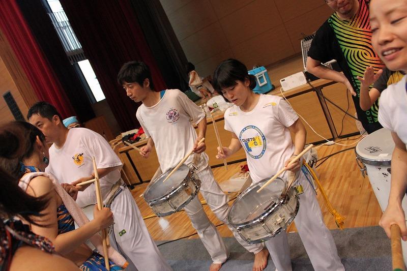 Capoeira de Saia BARRAVENTO サンバヘギWS_d0172033_1644468.jpg