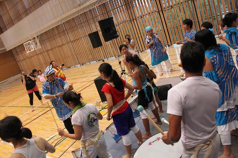 Capoeira de Saia BARRAVENTO サンバヘギWS_d0172033_16445844.jpg