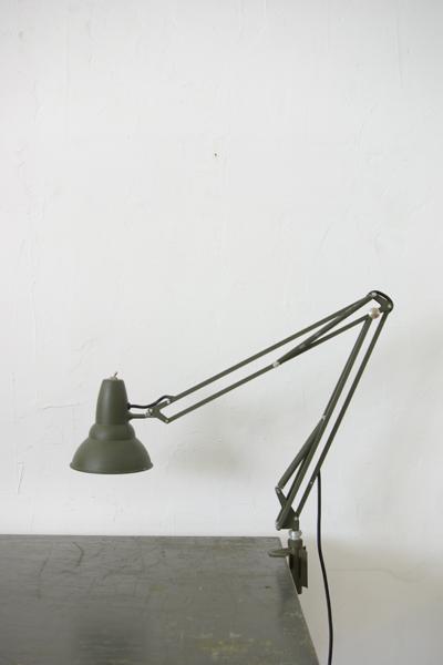 スウェーデン軍のランプ 再入荷_f0146547_1122899.jpg