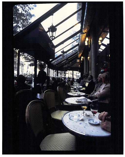 ☆回想のわが巴里の街 Memoires du Voyage Paris2005 その二_a0031363_21121340.jpg
