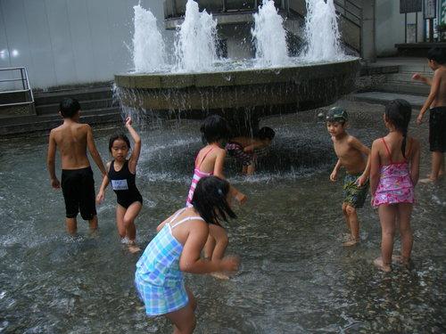 公園で水遊び!~田端新町公園~_f0225094_10254160.jpg