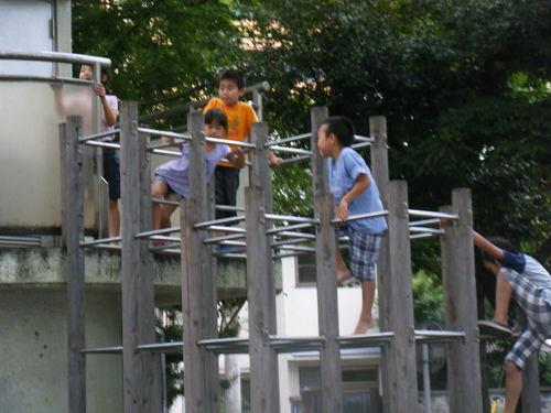 公園で水遊び!~田端新町公園~_f0225094_1032058.jpg