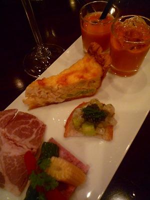 山下ワイン食道_f0229521_12512940.jpg