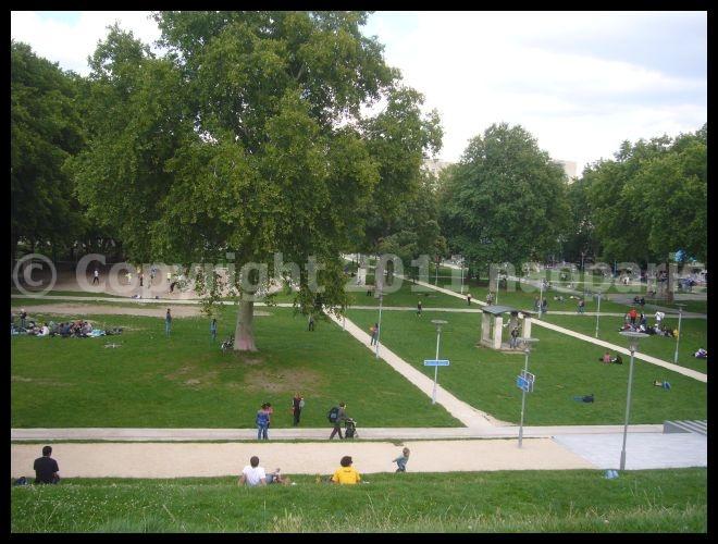 【パリの公園】Parc de Bercy Paris_a0008105_22585383.jpg