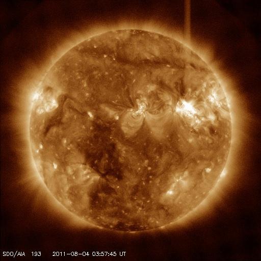 もうすぐ地球にCMEがやって来る!?:電磁擾乱に備えるべきか!?_e0171614_93835100.jpg