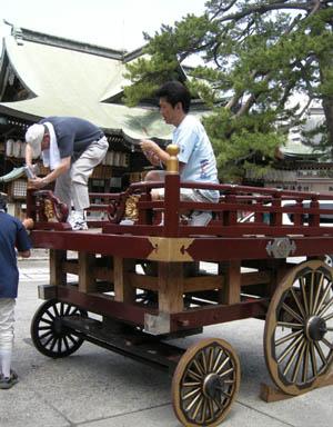 今日は新潟祭りの前夜祭の民謡流しで、7日(日)は新潟川開き花火大会です_d0178448_1083182.jpg
