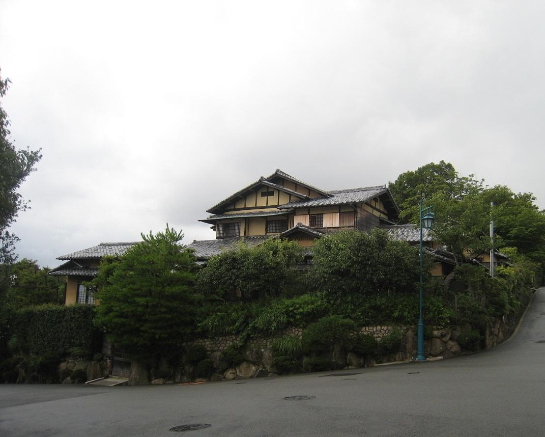 六麓荘_f0205367_1525043.jpg