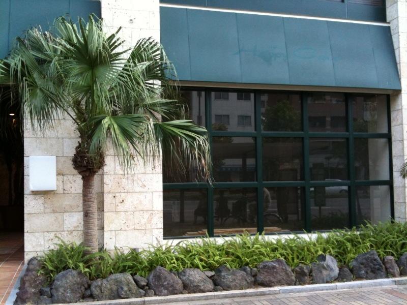 今日のアトリエと新店舗_f0171785_18434822.jpg