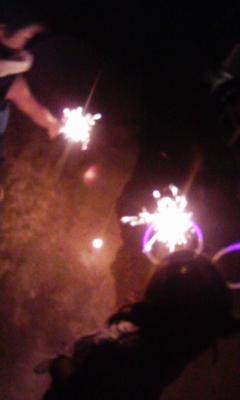 毎年恒例の小さな花火大会_f0168392_20561651.jpg