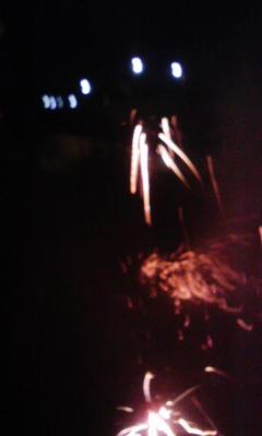 毎年恒例の小さな花火大会_f0168392_20571444.jpg