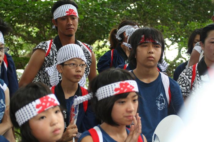 御蔵島のお祭り_e0015223_2213389.jpg