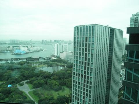 コンラッド東京でアメリカンアフタヌーンティー_e0200073_1503641.jpg