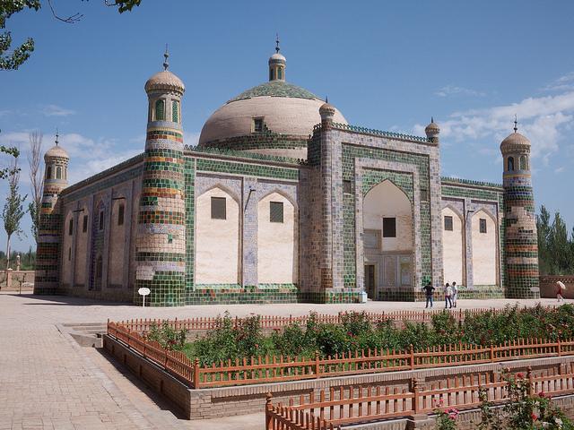 アパク・ホジャの墓