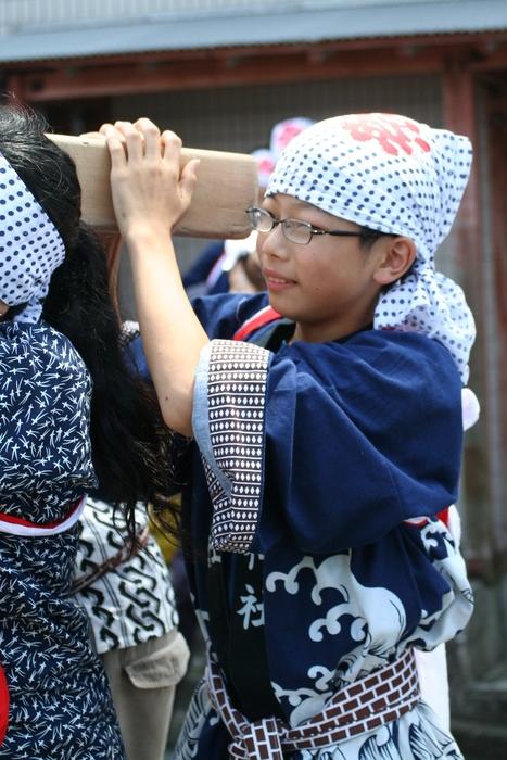 御蔵島のお祭り_e0015223_20424261.jpg