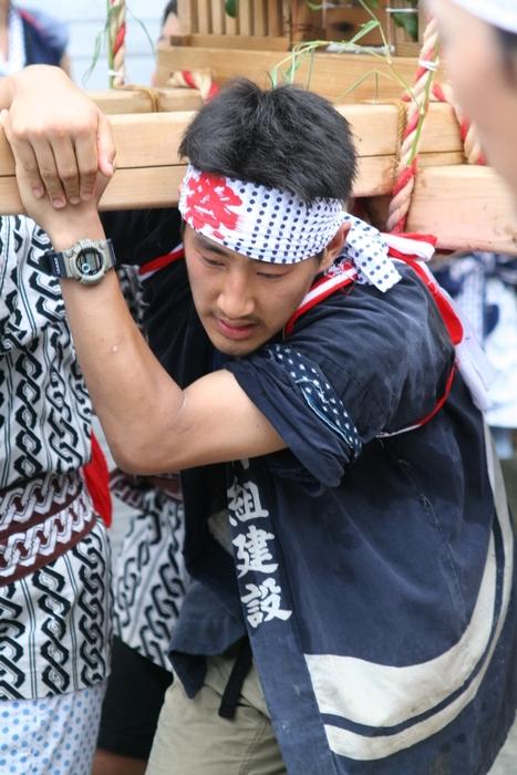 御蔵島のお祭り_e0015223_20493674.jpg