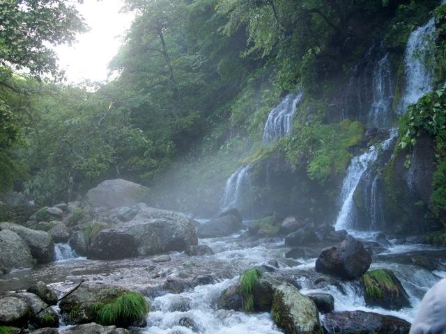 八ヶ岳でパワースポット吐竜の滝へ_b0166144_18595274.jpg