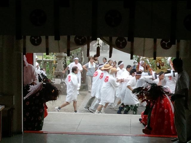 平成23年 大塚神社夏祭り_c0045448_1731213.jpg