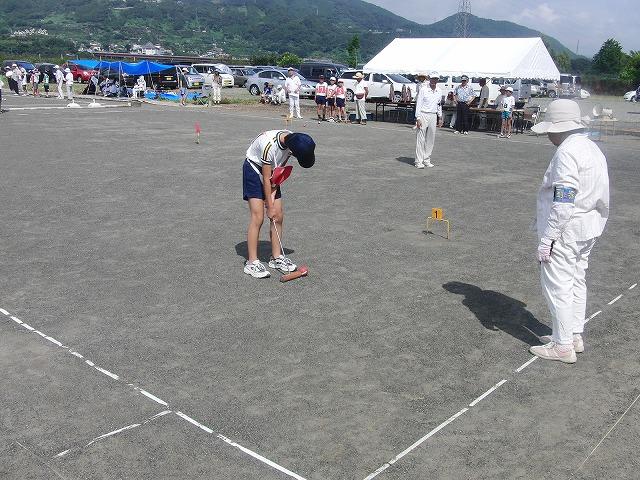 「目指せ!なでしこジャパン」 暑い中でのジュニアゲートボール大会_f0141310_7142124.jpg