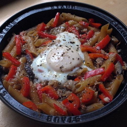 茄子肉味噌ペンネの手抜きフィデウア_a0118345_22121100.jpg
