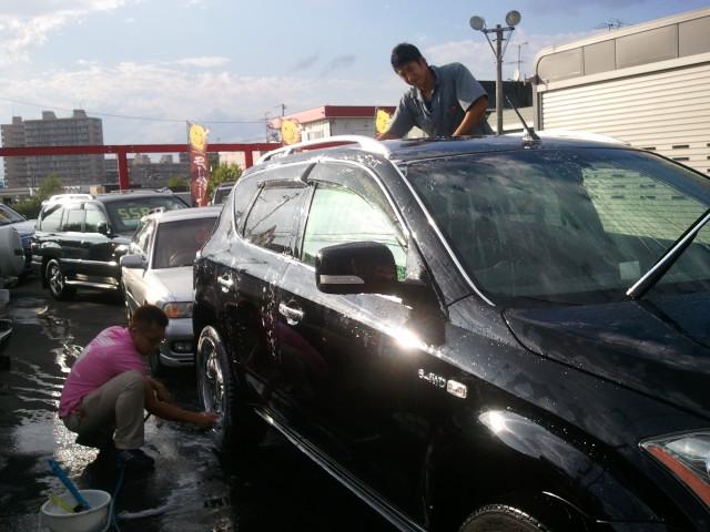 店長のニコニコブログ!連日の猛暑は続きます。_b0127002_20531722.jpg