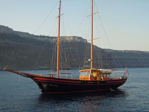 Santorini_e0189465_0324858.jpg