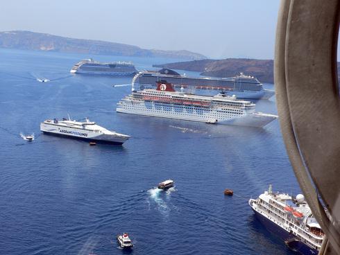 Santorini_e0189465_0425139.jpg