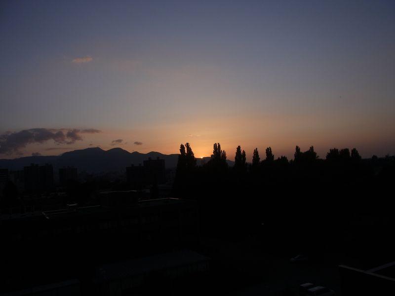 灼熱列島 北海道も熱帯夜から34℃弱まで_c0025115_19245849.jpg