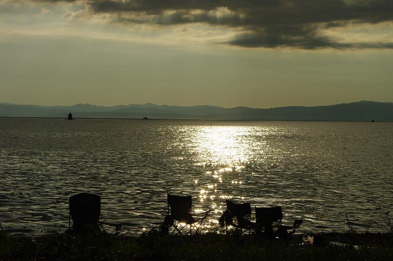 湖北の夕陽..._f0152550_22423328.jpg