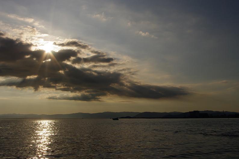 湖北の夕陽..._f0152550_22424950.jpg