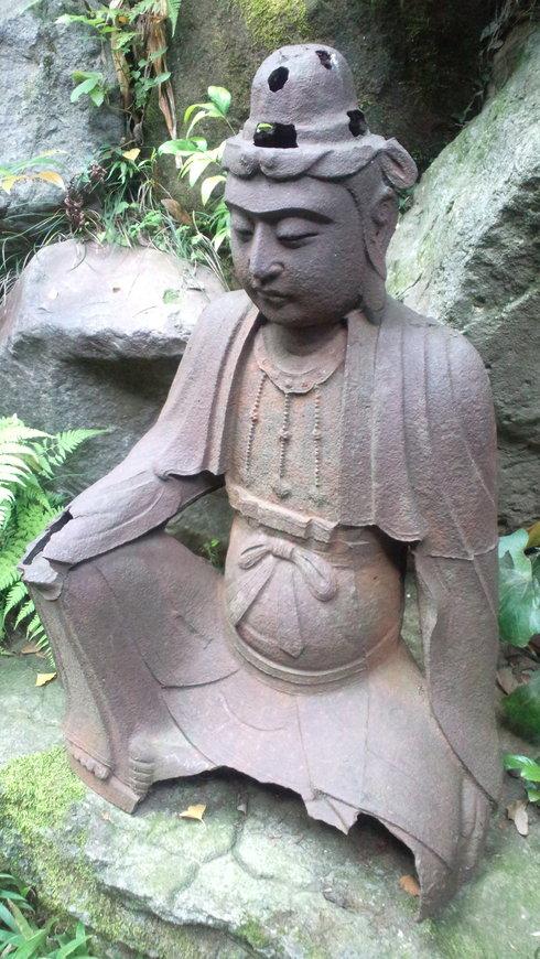残暑お見舞い申し上げます♪                  代官山から 根津美術館へ おさんぽ。。。*:.。.☆*† _a0053662_13424922.jpg