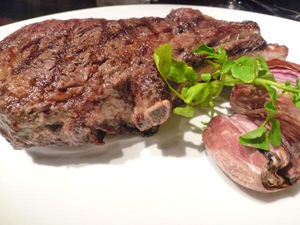 麻布十番 : 夏だ!肉だ!ニュージーランドだ! 『ワカヌイ』_e0152073_2333653.jpg