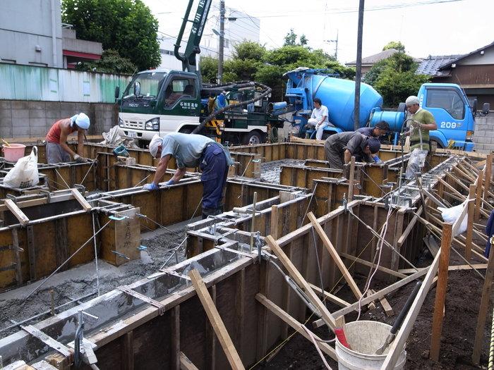 コンクリート打設_f0223603_16515812.jpg
