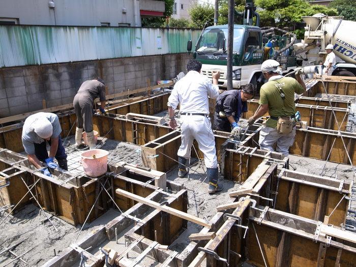 コンクリート打設_f0223603_1651820.jpg