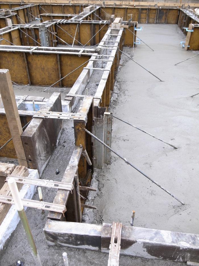 コンクリート打設_f0223603_16531811.jpg