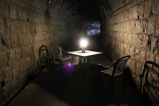 隧道カフェ_e0101917_11383769.jpg